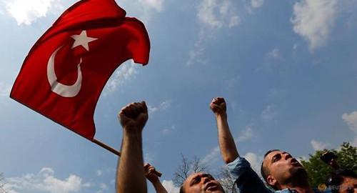 20170711-vod-udom-g-hr-Turkey-detains-dozens-of-tech-staff-suspected-of-coup-links-Anadolu